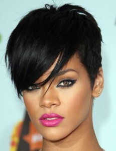 Rihanna-Hairstyles-Trendy-Pixie-Haircut1