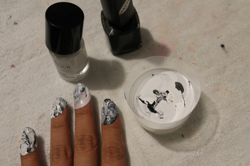 Nail polish not going to lie this will take you about an hour plus drying time for that nail art diy brought to you by yours truly follow this tutorial solutioingenieria Images