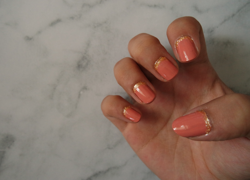 CLAWS OUT: Gold Glitter NailBase